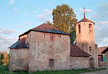 Рождественская церковь в Порхове городке