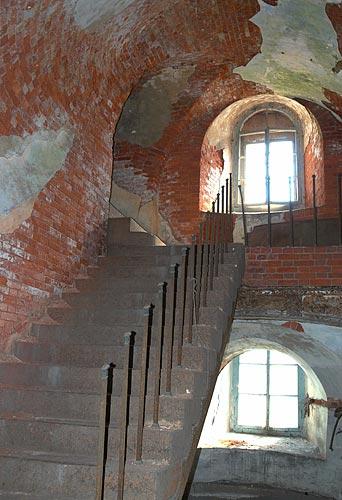 Интерьер лестница на второй этаж